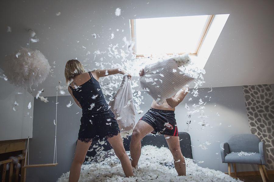 Nathalie Roux Photographe Couple Photo Plumes Lyon Love Session