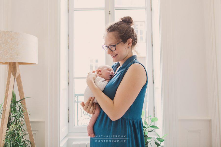 Séance photo nouveau-né à la maison